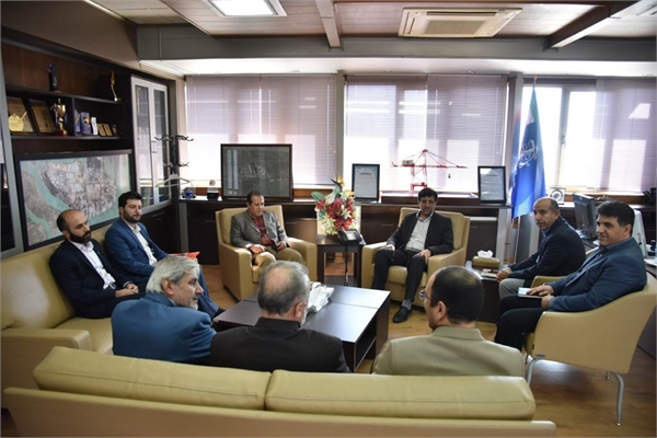 Concluding the Second Agreement of Cooperation with Scientific Centers at Imam Khomeini Port