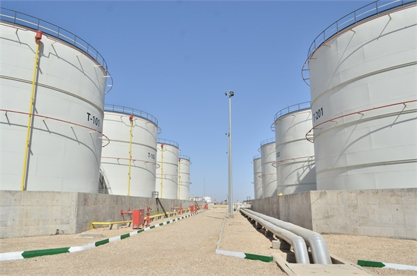 Increasing the Capacity of Khomeini Port in Storage, Loading and unloading of Oil Products